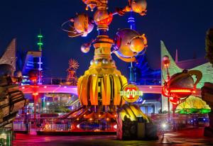 Tomorrowland_(disneyland)